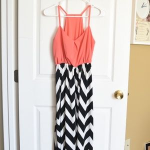 Dresses & Skirts - Light summer maxi dress